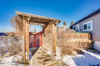 Photo 2: 4 Downie Close: Carstairs Detached for sale : MLS®# A1104304