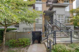 """Photo 16: 103 4155 CENTRAL Boulevard in Burnaby: Metrotown Townhouse for sale in """"PATTERSON PARK"""" (Burnaby South)  : MLS®# R2274386"""