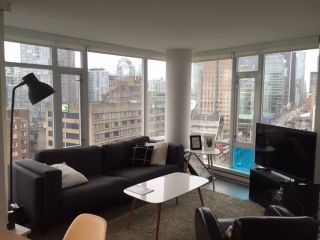"""Photo 11: 1908 161 W GEORGIA Street in Vancouver: Downtown VW Condo for sale in """"COSMO"""" (Vancouver West)  : MLS®# R2048438"""