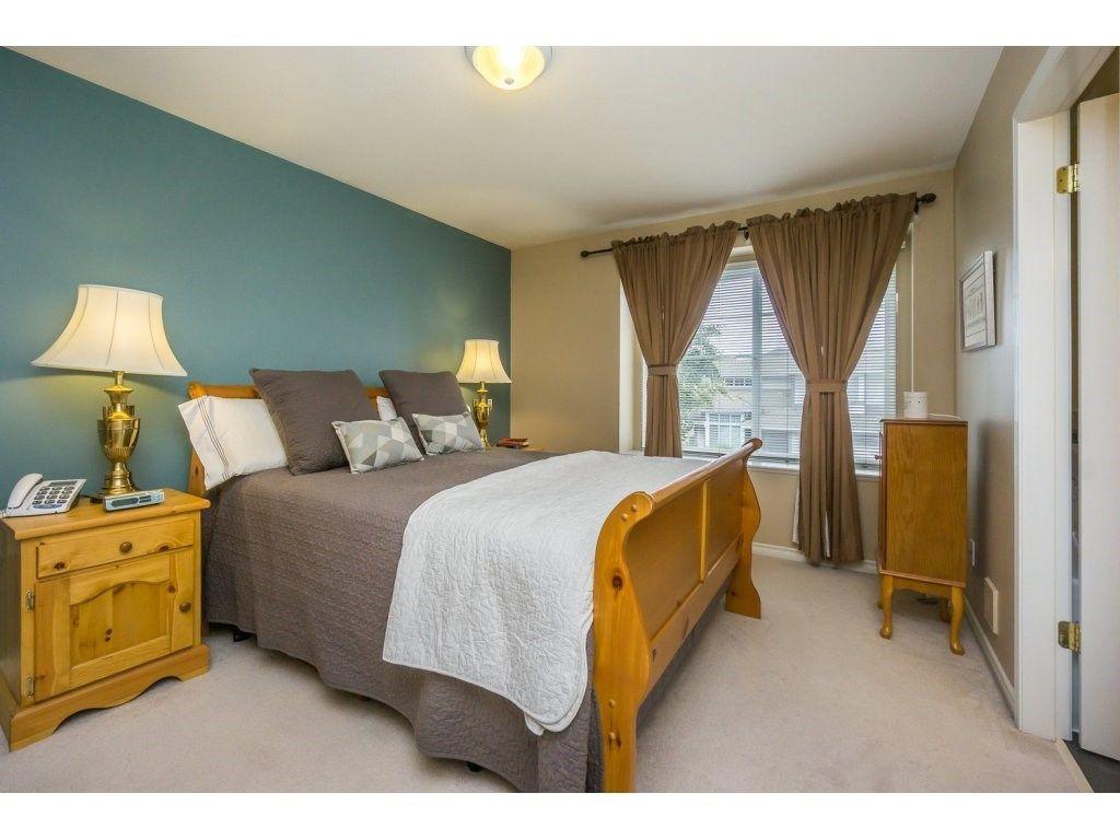 Photo 16: Photos: 9456 202B Street in Langley: Walnut Grove House for sale : MLS®# R2125683