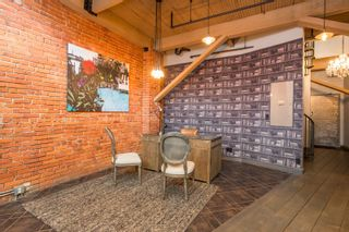 """Photo 6: 404 1066 HAMILTON Street in Vancouver: Yaletown Condo for sale in """"The New Yorker"""" (Vancouver West)  : MLS®# R2437026"""