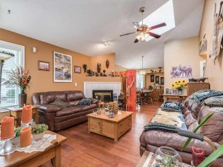 """Photo 4: 5 11534 207 Street in Maple Ridge: Southwest Maple Ridge Townhouse for sale in """"Brittany Court"""" : MLS®# R2439867"""