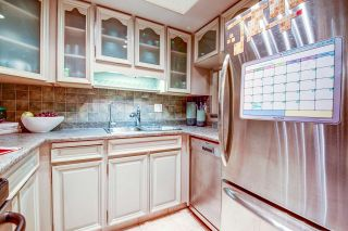 """Photo 14: 213 3875 W 4TH Avenue in Vancouver: Point Grey Condo for sale in """"LANDMARK JERICHO"""" (Vancouver West)  : MLS®# R2225317"""