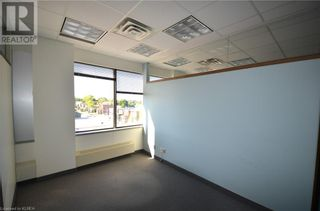 Photo 8: 165 KENT Street W in Lindsay: Other for lease : MLS®# 40032166