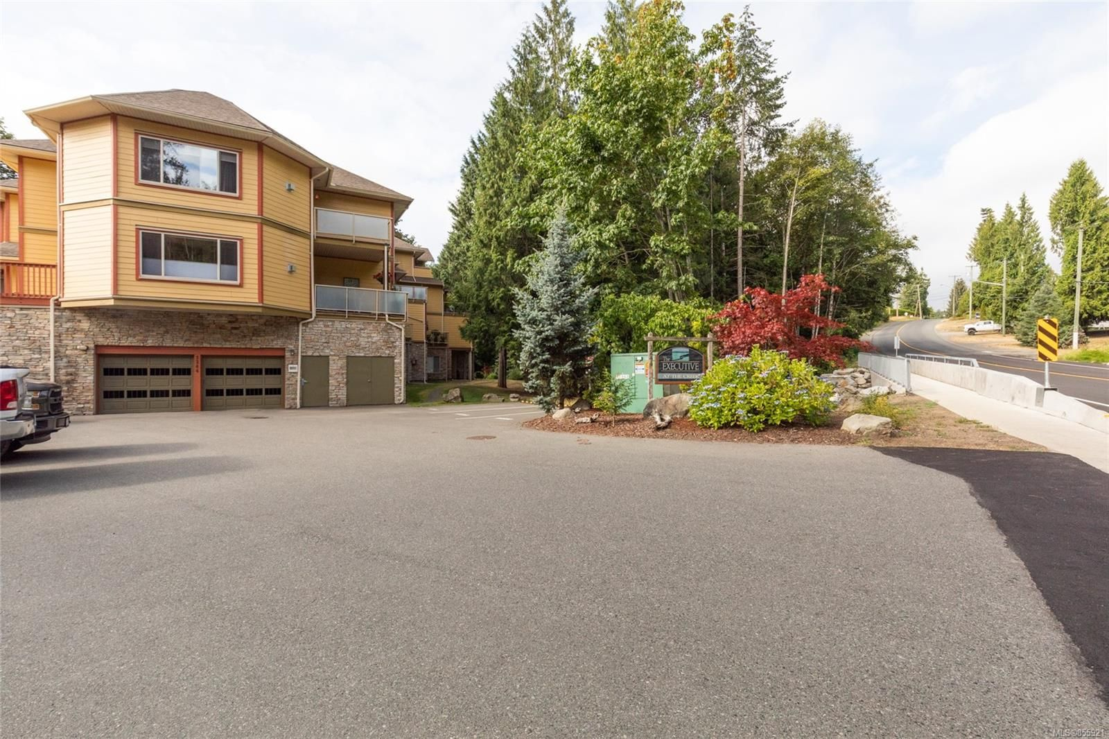 Photo 22: Photos: 206 1244 4TH Ave in : Du Ladysmith Row/Townhouse for sale (Duncan)  : MLS®# 855921