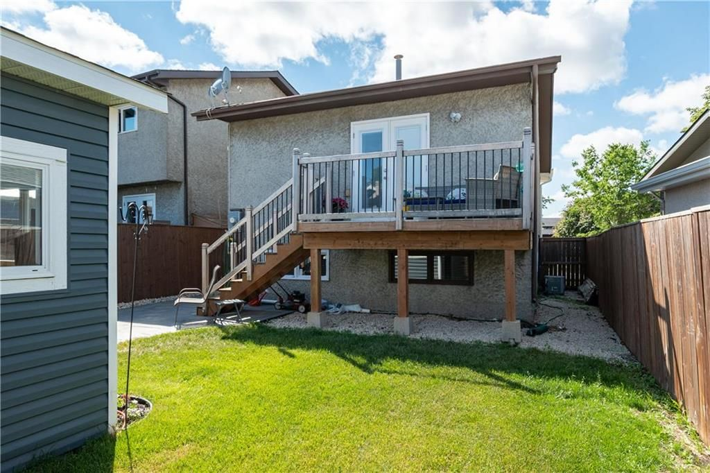 Photo 23: Photos: 57 Maitland Drive in Winnipeg: River Park South Residential for sale (2F)  : MLS®# 202116351
