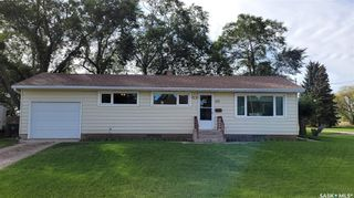 Main Photo: 122 4th Avenue in Dundurn: Residential for sale : MLS®# SK871024