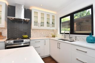 "Photo 9: 4041 VINE Street in Vancouver: Quilchena Townhouse for sale in ""ARBUTUS VILLAGE"" (Vancouver West)  : MLS®# R2183985"