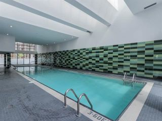 """Photo 16: 2207 33 SMITHE Street in Vancouver: Yaletown Condo for sale in """"COOPERS LOOKOUT"""" (Vancouver West)  : MLS®# R2106492"""