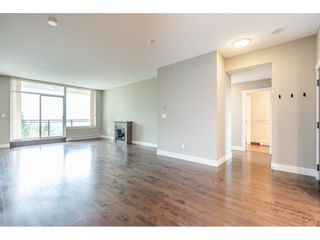 Photo 7: 402 1415 PARKWAY BOULEVARD in Coquitlam: Westwood Plateau Condo for sale : MLS®# R2416229