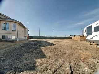 Photo 2: 331 Cutts Crest in Edmonton: Zone 27 Vacant Lot for sale : MLS®# E4236662