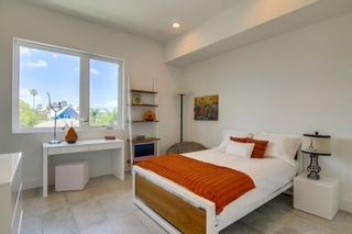 Photo 44: HILLCREST Townhouse for sale : 3 bedrooms : 160 W W Robinson Ave in San Diego