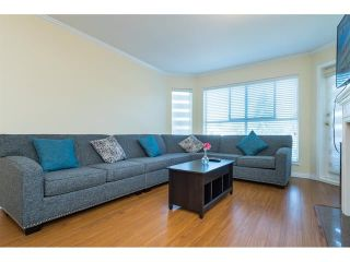 Photo 10: 303 7435 121A Street in Surrey: West Newton Condo for sale : MLS®# R2329200