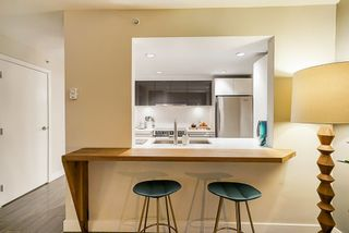 Photo 5: 1001 1323 HOMER STREET in Vancouver West: Yaletown Home for sale ()  : MLS®# R2372136