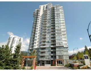 "Photo 1: 902 295 GUILDFORD Way in Port_Moody: North Shore Pt Moody Condo for sale in ""BENTELY"" (Port Moody)  : MLS®# V677629"