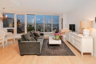 "Photo 3: 1111 445 W 2ND Avenue in Vancouver: False Creek Condo for sale in ""MAYNARDS BLOCK"" (Vancouver West)  : MLS®# R2147655"