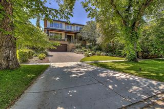 Main Photo: 1421 PREMIER Way SW in Calgary: Upper Mount Royal Detached for sale : MLS®# C4306420