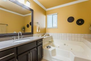 """Photo 18: 50 34899 OLD CLAYBURN Road in Abbotsford: Abbotsford East Townhouse for sale in """"Crown Point Villas"""" : MLS®# R2588503"""