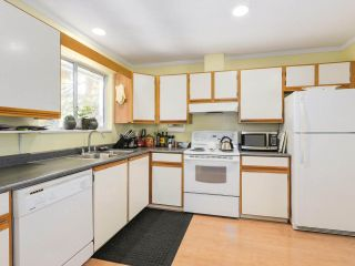 """Photo 14: 2232 MADRONA Place in Surrey: King George Corridor House for sale in """"West of King George"""" (South Surrey White Rock)  : MLS®# R2202364"""