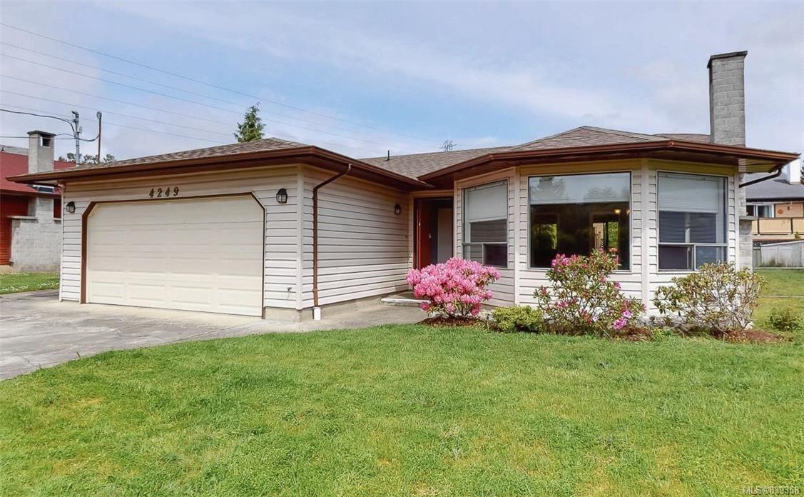 Main Photo: 4249 Quadra St in Saanich: SE Lake Hill House for sale (Saanich East)  : MLS®# 839358