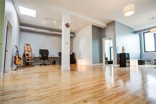 Main Photo: 207 99 Chandos Avenue in Toronto: Dovercourt-Wallace Emerson-Junction Condo for lease (Toronto W02)  : MLS®# W3896523
