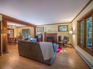 Photo 9: 3204 HUCKLEBERRY Road: Roberts Creek House for sale (Sunshine Coast)  : MLS®# R2364064