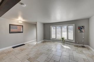 Photo 4: 9320 Almond Crescent SE in Calgary: Acadia Detached for sale : MLS®# A1096024