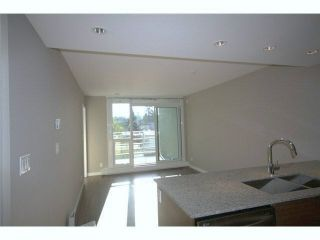 Photo 4: 315 135 E 17TH Street in North Vancouver: Central Lonsdale Condo for sale : MLS®# V1123199