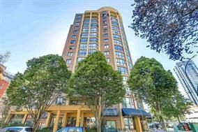"""Photo 1: 410 488 HELMCKEN Street in Vancouver: Yaletown Condo for sale in """"Robinson Tower"""" (Vancouver West)  : MLS®# R2239699"""