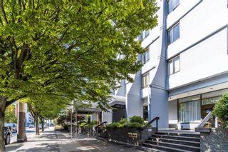 Photo 2: 502 1026 Johnson St in : Vi Downtown Condo for sale (Victoria)  : MLS®# 884670
