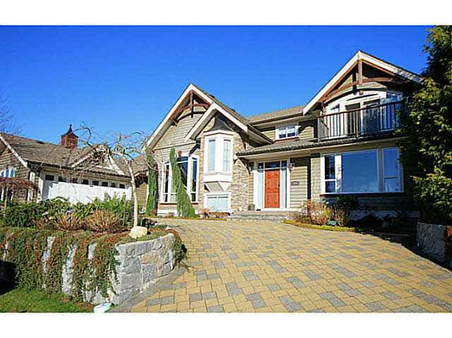 Main Photo: 954 Wentworth in North Vancouver: Forest Hill House for sale : MLS®# V1119034