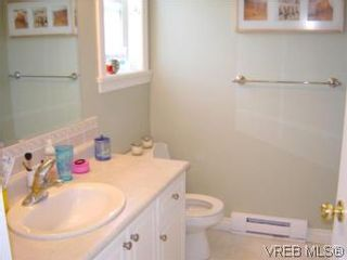 Photo 13: 24 172 Belmont Rd in VICTORIA: Co Colwood Corners Row/Townhouse for sale (Colwood)  : MLS®# 505257