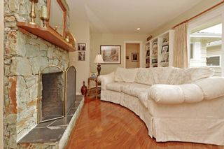 """Photo 9: 914 RUNNYMEDE Avenue in Coquitlam: Coquitlam West House for sale in """"COQUITLAM WEST"""" : MLS®# R2032376"""