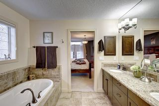 Photo 32: 7 CRESTRIDGE Point SW in Calgary: Crestmont Detached for sale : MLS®# C4306010
