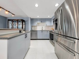 """Photo 10: 933 HOMER Street in Vancouver: Yaletown Townhouse for sale in """"THE PINNACLE"""" (Vancouver West)  : MLS®# R2562224"""