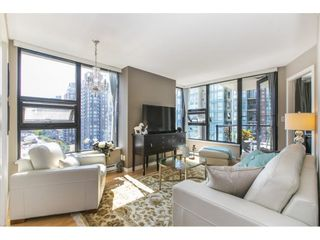 """Photo 1: 1301 928 HOMER Street in Vancouver: Yaletown Condo for sale in """"Yaletown Park 1"""" (Vancouver West)  : MLS®# R2605700"""