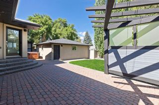 Photo 33: 4 Meadowlark Crescent SW in Calgary: Meadowlark Park Detached for sale : MLS®# A1130085