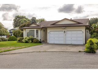 Main Photo: 46821 PORTAGE Avenue in Chilliwack: Chilliwack N Yale-Well House for sale : MLS®# R2619807
