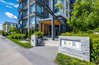 """Photo 1: 100 3289 RIVERWALK Avenue in Vancouver: South Marine Condo for sale in """"R & R"""" (Vancouver East)  : MLS®# R2470251"""