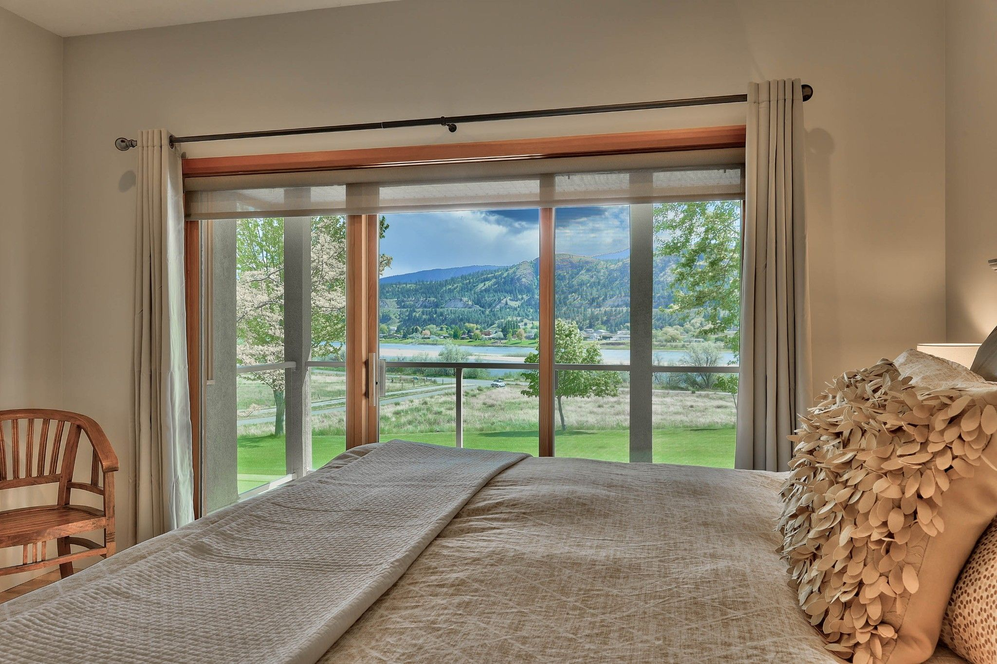 Photo 22: Photos: 3299 E Shuswap Road in Kamloops: South Thompson Valley House for sale : MLS®# 162162