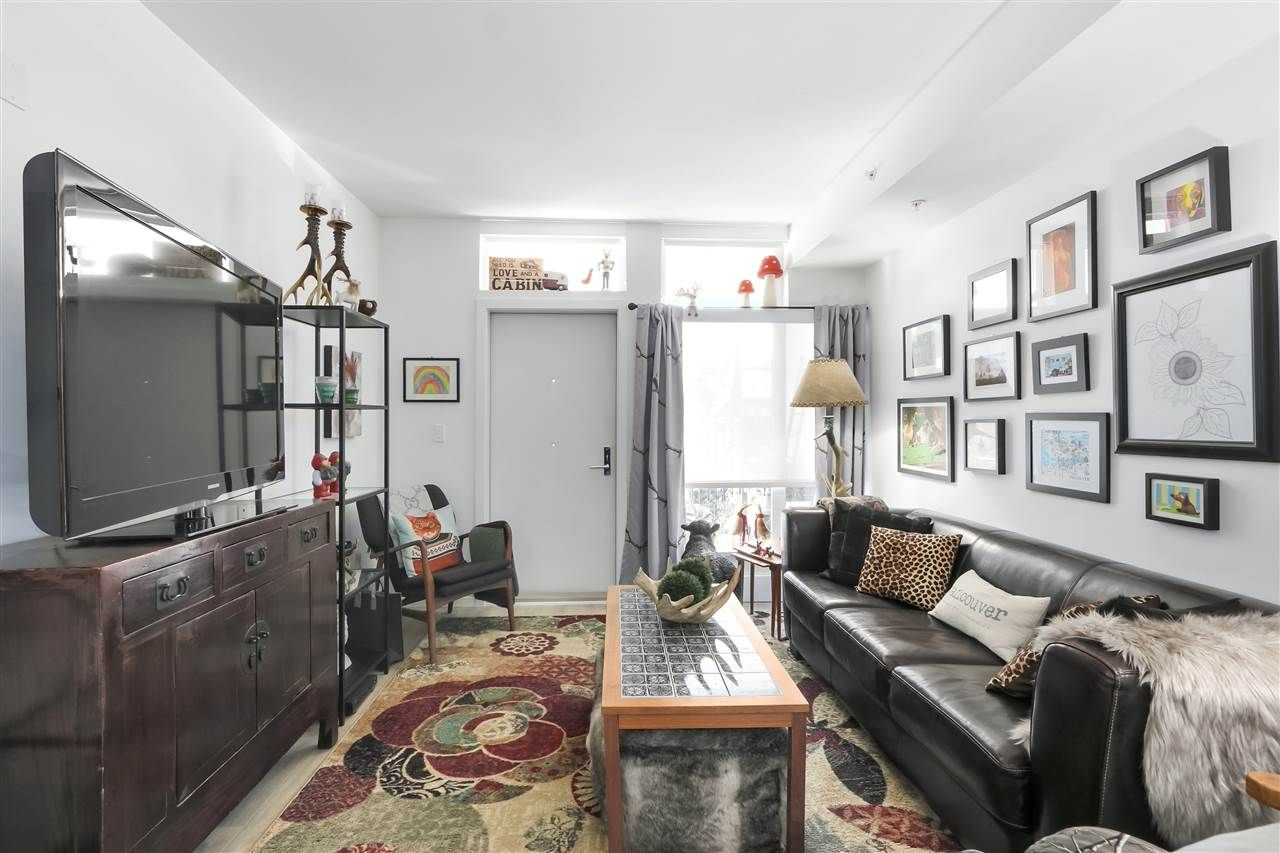 """Photo 9: Photos: 101 5085 MAIN Street in Vancouver: Main Condo for sale in """"EASTPARK"""" (Vancouver East)  : MLS®# R2450748"""