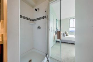 """Photo 15: 704 2655 CRANBERRY Drive in Vancouver: Kitsilano Condo for sale in """"NEW YORKER"""" (Vancouver West)  : MLS®# R2579388"""