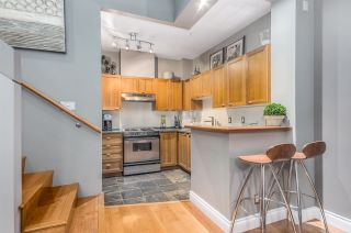 """Photo 10: 2782 VINE Street in Vancouver: Kitsilano Townhouse for sale in """"The Mozaiek"""" (Vancouver West)  : MLS®# R2151077"""