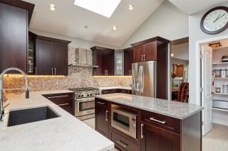 Photo 5: 2626 MARBLE Court in Coquitlam: Westwood Plateau House for sale : MLS®# R2401709