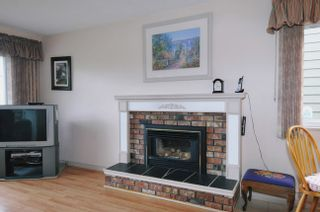 "Photo 13: 20875 125TH Avenue in Maple Ridge: Northwest Maple Ridge House for sale in ""CHILCOTIN"" : MLS®# V890482"