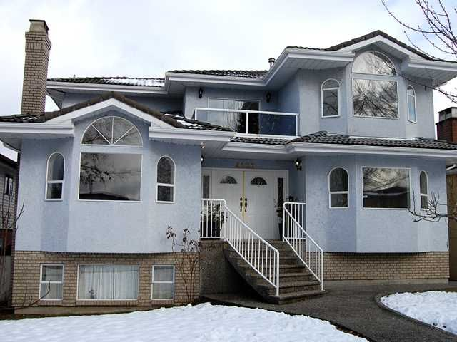 Main Photo: 4121 UNION Street in Burnaby: Willingdon Heights House for sale (Burnaby North)  : MLS®# V871925