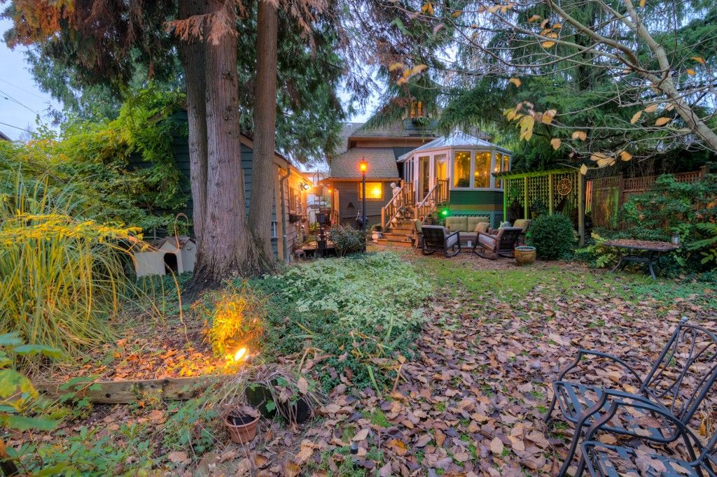 """Photo 90: Photos: 214 FOURTH Avenue in New Westminster: Queens Park House for sale in """"QUEENS PARK"""" : MLS®# R2136258"""