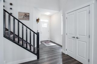 Photo 13: 224 Crestmont Drive SW in Calgary: Crestmont Detached for sale : MLS®# A1118392