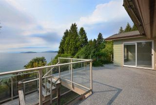 Photo 10: 4957 SUNSHINE COAST HIGHWAY in Sechelt: Sechelt District House for sale (Sunshine Coast)  : MLS®# R2496030
