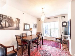 Photo 9: 1705 909 BURRARD Street in Vancouver: West End VW Condo for sale (Vancouver West)  : MLS®# R2557342